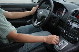 Mẹo lái xe ô tô tuyệt vời cho những người mới lái